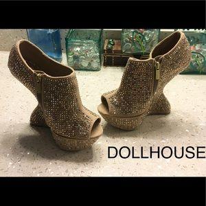 Dollhouse Gleaming Heels New 7
